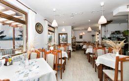 ресторант с гледка към язовир Батак